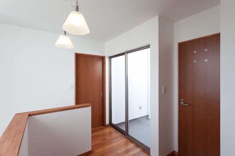 Wakayama M House12